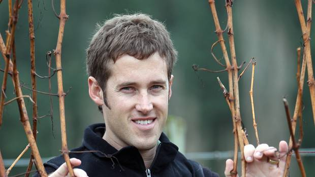 Young Viticulturist Winner 2009 Caine Thompson